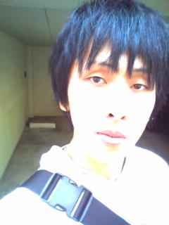 髪の毛切りました(<br />  ・∀・)
